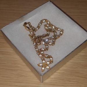 Napier Flower Necklace